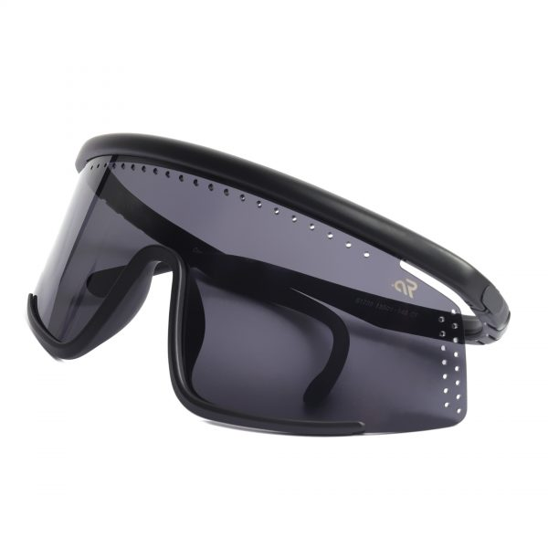 black wrap around sunglass for man